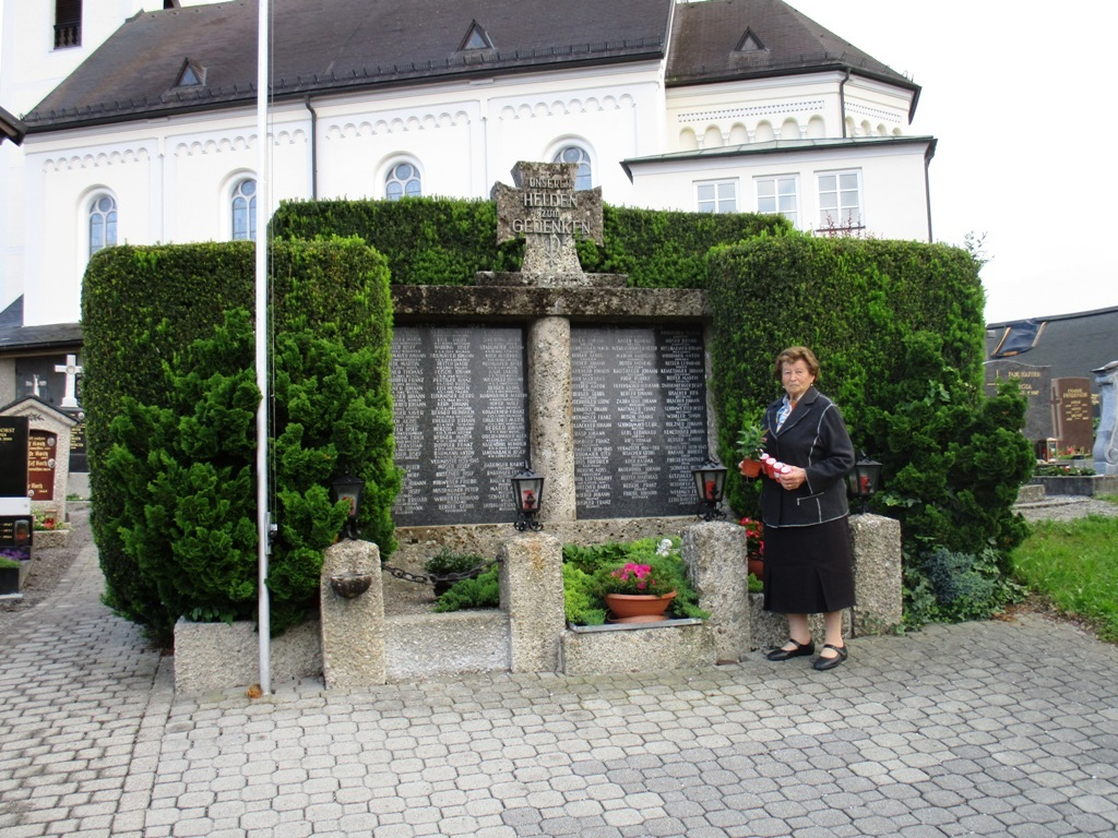 Kriegerdenkmal 2016